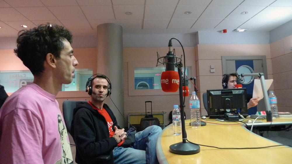 http://www.sistemademonos.com/boletin/Carne_Cruda-Sistema_de_Monos-18-nov-2011.jpg