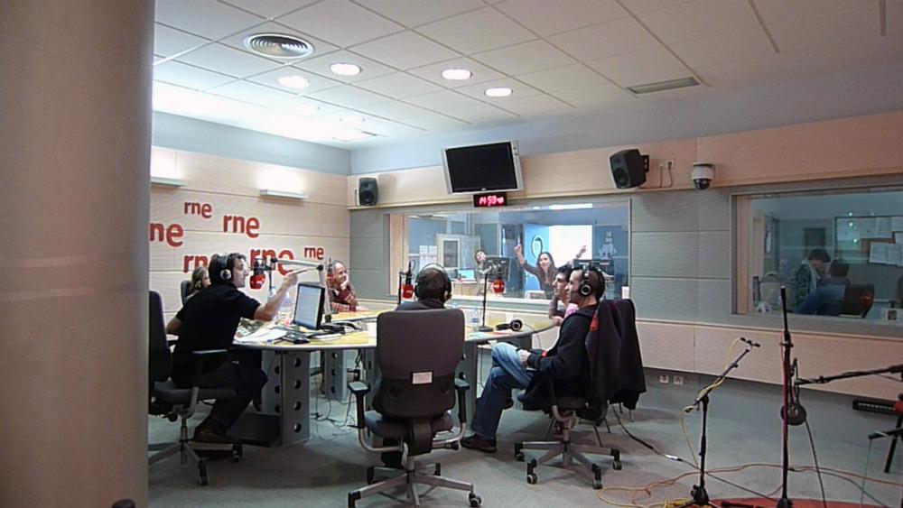 http://www.sistemademonos.com/boletin/Carne_Cruda-Sistema_de_Monos-18-nov-2011-fin.jpg